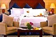 Photo of Park Plaza Hotel near Boston's Theatre District - www.boston-discovery-guide.com