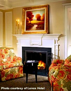 Lenox Hotel - photo of fireplace in room