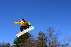 Photo of snowboarder at Mount Southington, family-oriented New England ski area