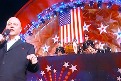 Boston Pops July 4th concert - Michael Chiklis singing