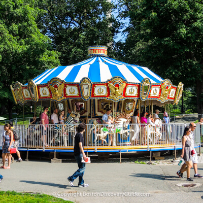 Boston kids attractions:  Carousel on Boston Common