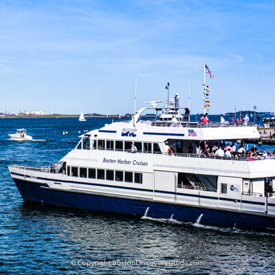 Boston attraction: Harbor Cruises