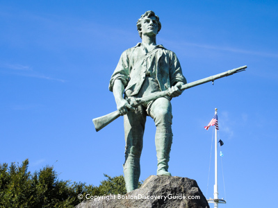 Minuteman statue - Lexington Green - stop on Boston-Lexington sightseeing tour