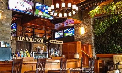 Boston restaurants - Best places to eat near Fenway Park