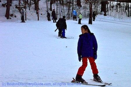 Nashoba Valley Ski Slope / Massachusetts Ski Areas near Boston / www.boston-discovery-guide.com