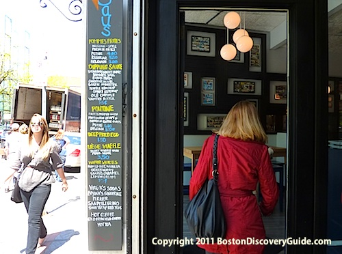 Entrance to Saus on Union Street in historic downtown Boston- www.boston-discovery-guide.com