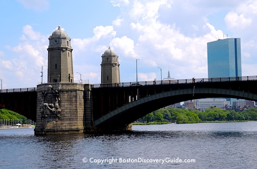 Longfellow Bridge between Boston and Cambridge
