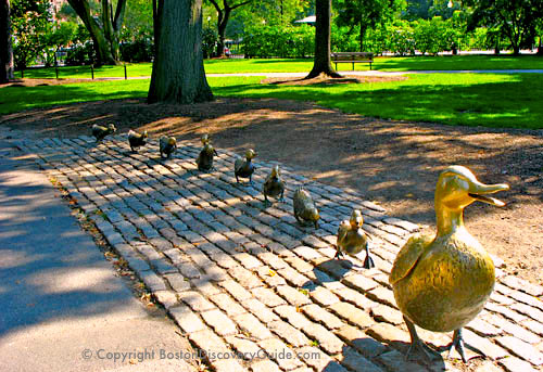 Photo of Make Way for Ducklings sculpture in Boston's Public Garden - www.boston-discovery-guide.com
