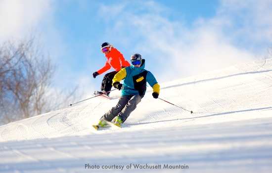 Skiiers on Wachusett Mountain - only 90 minutes west of Boston / Massachusetts Ski Areas near Boston / www.boston-discovery-guide.com, (c) iStockPhoto and Chee-Onn Leong