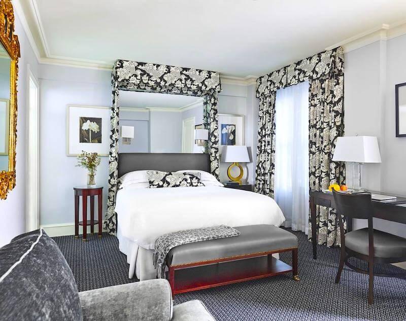 Guestroom in the Eliot Hotel