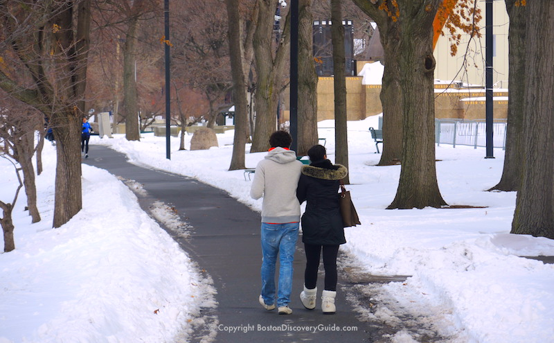 Path along the Esplanade, part of our self-guided winter walking tour itinerary