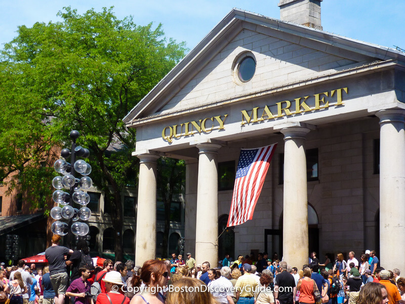 Quincy Market Shopping | Faneuil Hall Marketplace | Boston Discovery Guide