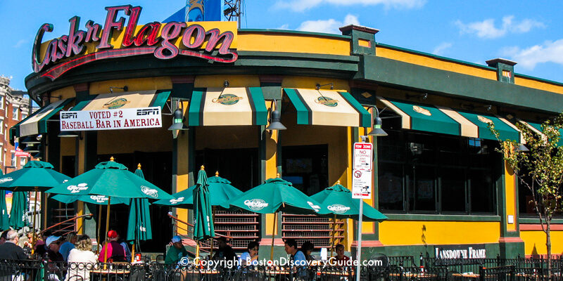 Cask 'n Flagon sports bar near Fenway Park in Boston