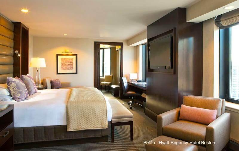 Guestroom in Hyatt Regency Boston