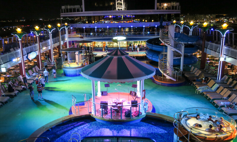 Norwegian Gem Deck - Photo Copyright and courtesy of Terrazzo