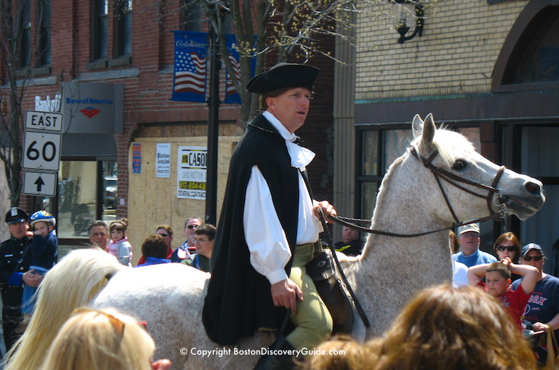 Reenactment of Paul Revere's stop in Medford on his ride to Concord