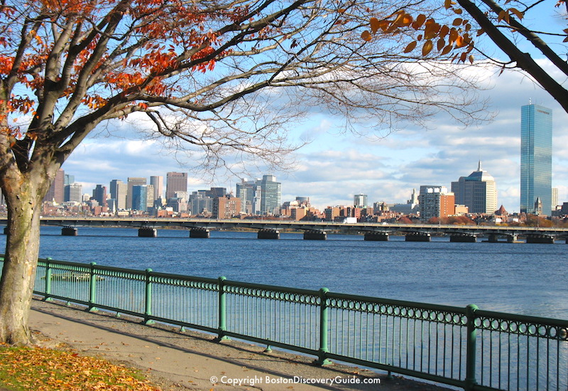 Boston weather in November - Charles River and Boston Skyline