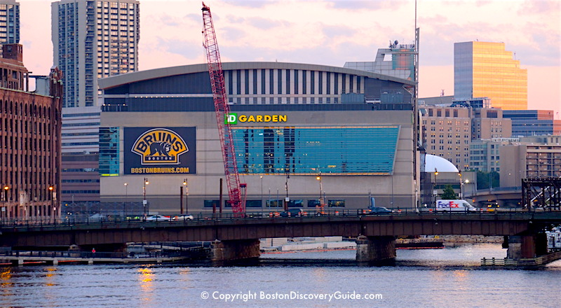 Td garden boston sports and entertainment arena for Restaurants near td garden boston ma