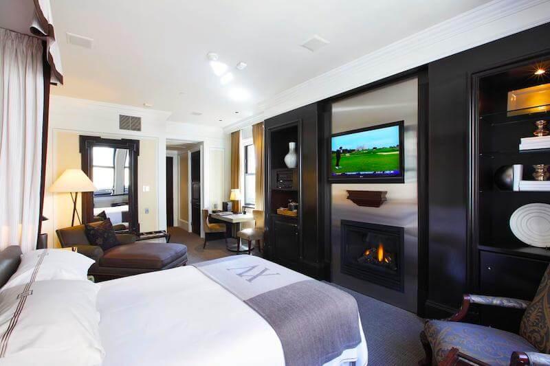 Guestroom at XV Beacon