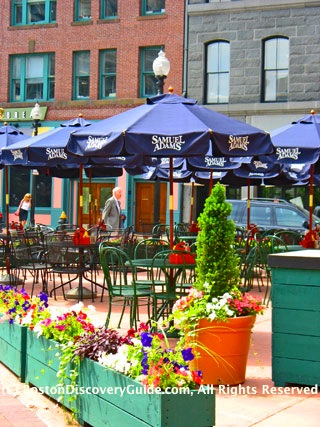 Boston Irish pubs - the Irish Times Pub and Restaurant in Downtown Boston