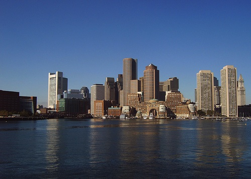 Photo of Boston Downtown Waterfront and Skyline / Boston Neighborhoods / www.boston-discovery-guide.com