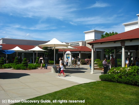 Wrentham Premium Outlets discount shopping mall near Boston, MA