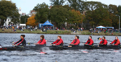 Head of the Charles Regatta rowers on the Charles River / www.boston-discovery-guide.com