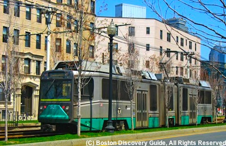 Boston subway Green Line trolley, photographed on Huntington Ave in Boston's Fenway neighborhood / Boston Subway - www.boston-discovery-guide.com