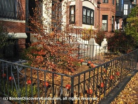 Boston Weather in November: Marlborough Street in Back Bay, Boston, Nov 6