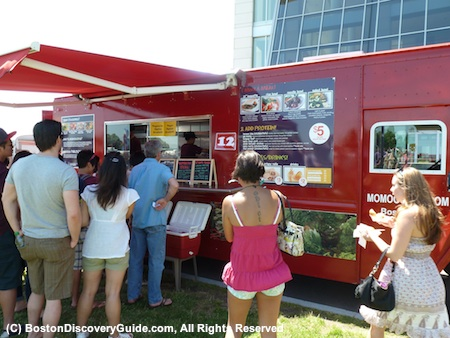 Momogoose Food Truck served Korean BBQ