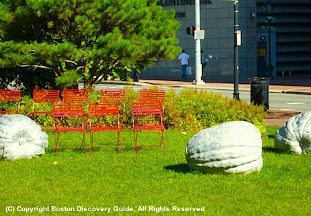 Photo of sculpture and seating on the Rose Kennedy Greenway