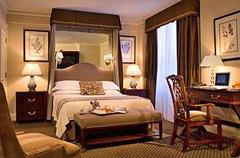 Eliot Hotel Boston - photo of room
