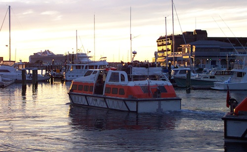 Photo of Boats in Newport Harbor, photographed in late afternoon / Newport Tourism Attractions -  www.boston-discovery-guide.com