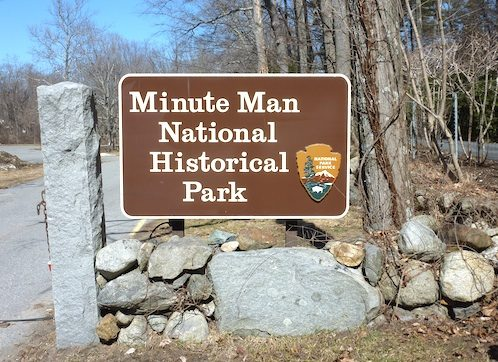 Photo of sign for Minute Man National Historical Park in Concord, Massachusetts / www.boston-discovery-guide.com