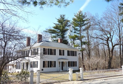 Photo of Ralph Waldo Emerson's Home in Concord, Massachusetts / www.boston-discovery-guide.com