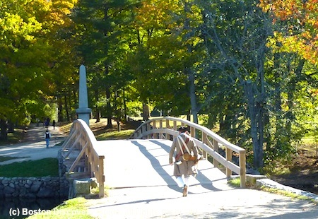 Photo of historic Old North Bridge as seen from back of Old Manse in Concord, Massachusetts / www.boston-discovery-guide.com