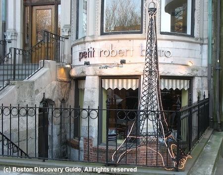 Petit Robert Bistro in Boston, Massachusetts / www.boston-discovery-guide.com