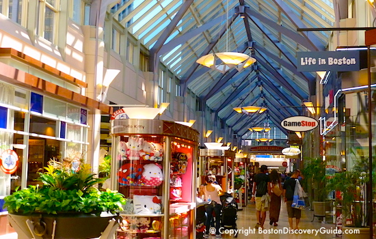Guide to the biggest and best Boston Shopping Malls