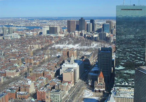 Boston city scape photo (copyright 2007 F3Rn4nd0) showing John Hancock Tower on right side