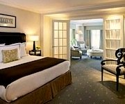 Photo of Hotel Commonwealth Boston - www.boston-discovery-guide.com