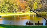 Photo of Boston Public Garden /  www.boston-discovery-guide.com