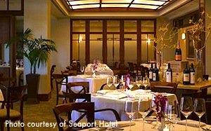 Restaurant at Boston's Seaport Hotel / Boston Thanksgiving - www.boston-discovery-guide.com