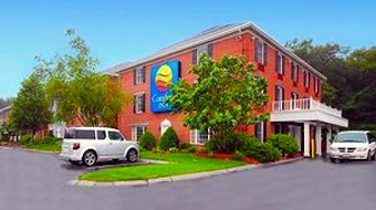 Photo of Comfort Inn in Foxborough, MA