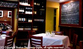 Petit Robert Restaurant - Romantic dining in Boston