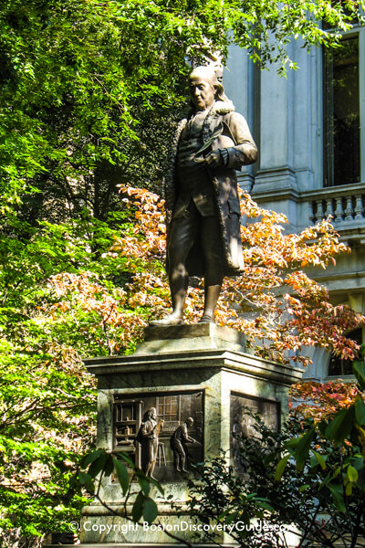 Ben Franklin Statue in Boston