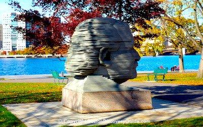 Arthur Fiedler sculpture on Boston's Esplanade