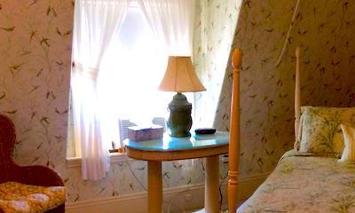 Salem hotels:  Coach House Inn