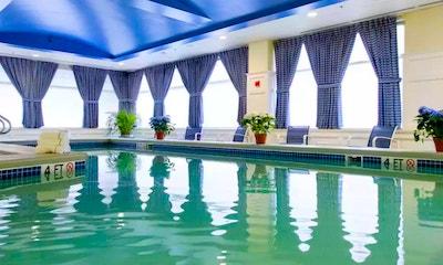 Salem hotels:  Salem Waterfront Hotel & Marina