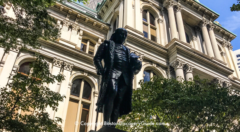 Statue of Benjamin Franklin in front of Boston's Old City Hall