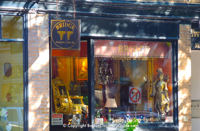 One of Beacon Hill's many antique and fine art stores